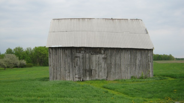 Barn and countryside along Country Rd. 2